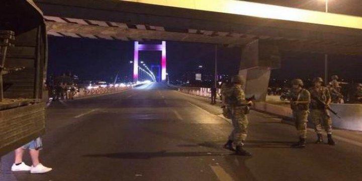 Boğaziçi ve FSM Köprüleri Askerler Tarafından Tek Yönlü Kapatıldı
