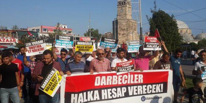 Antalya'da Darbe Karşıtı Eylem Yapıldı
