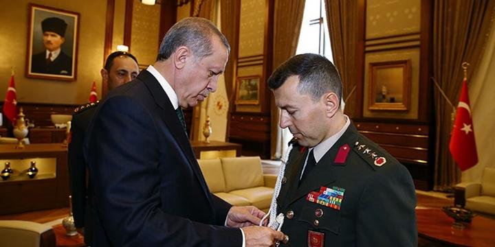 Cumhurbaşkanı Erdoğan'ın Diğer Yaverleri de Gözaltına Alındı