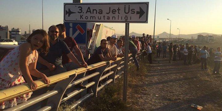 Konya'da Jetlere Hareket Emri Üzerine Polis Operasyon Düzenledi