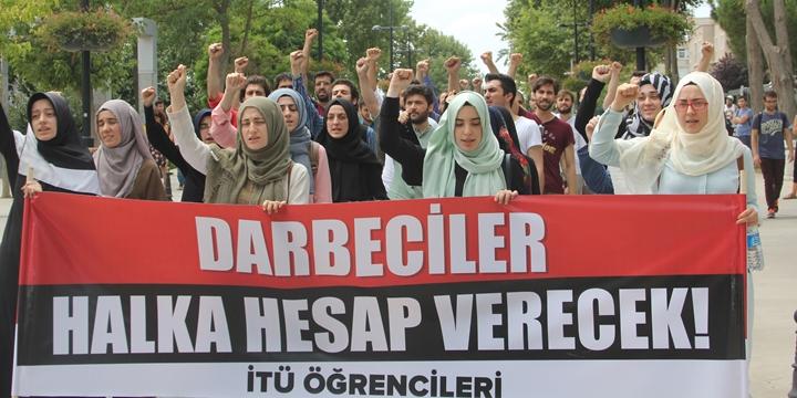 Darbe Kalkışması İTÜ'de Protesto Edildi