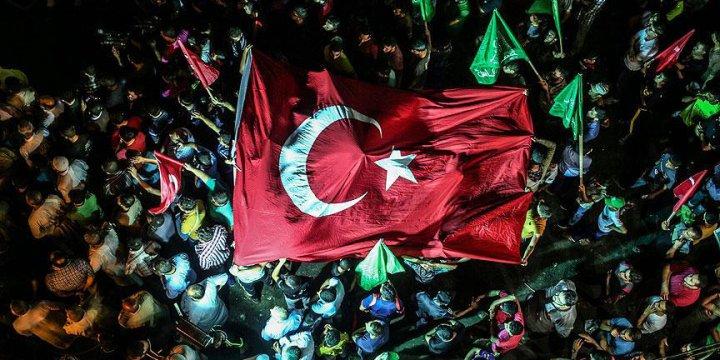'Türkiye Tek Yürek Oldu' Palavrası!