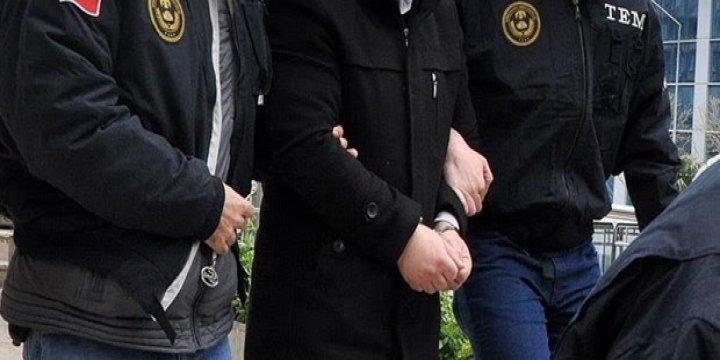 İlahiyatçı Öğretim Üyesi Adil Öksöz, Akıncı Üssü'nde Yakalandı