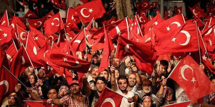 Diyarbakır'da Darbeye Bulaşan 37 Kişi Tutuklandı