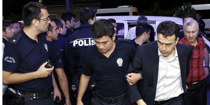 Eskişehir'de 2 General ve 3 Üsteğmen Tutuklandı