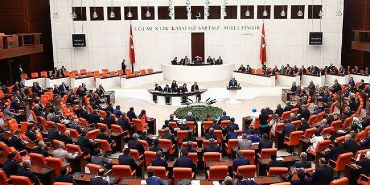 Anayasa Değişiklik Teklifinin 2. Turunda 3. Madde 342 Oyla Kabul Edildi