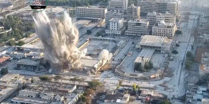 Halep'te Esed Güçlerine Tünel Bombasıyla Saldırı Anı