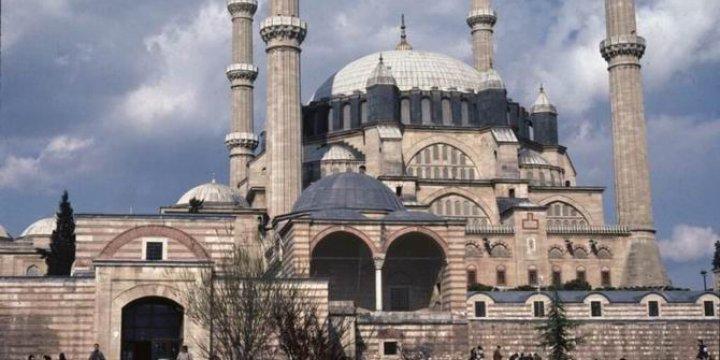 Selimiye'de Selayı Susturmaya Çalışan Kişi Yakalandı
