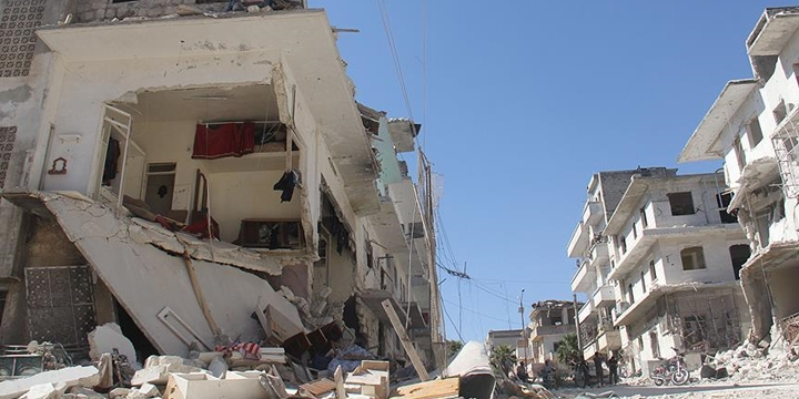 Rusya Yine İdlib'e Saldırdı: 8 Kişi Hayatını Kaybetti!