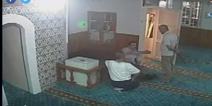Fatih'te Camiye Saldıran Palalı Yakalandı
