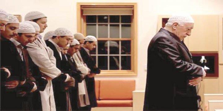Fehmi Koru'nun Gülen Cemaatine Bakışı Değişti mi?