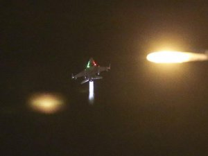 İstanbul Üzerinde Uçan F-16 Pilotları Tutuklandı