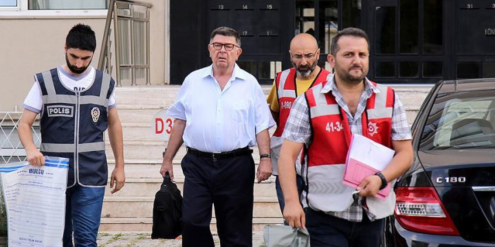 Mahkeme: Şahin Alpay'ın Tutukluğu Devam Edecek