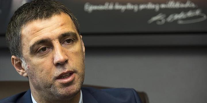 Galatasaray, Hakan Şükür'ü Disipline Sevk Etti