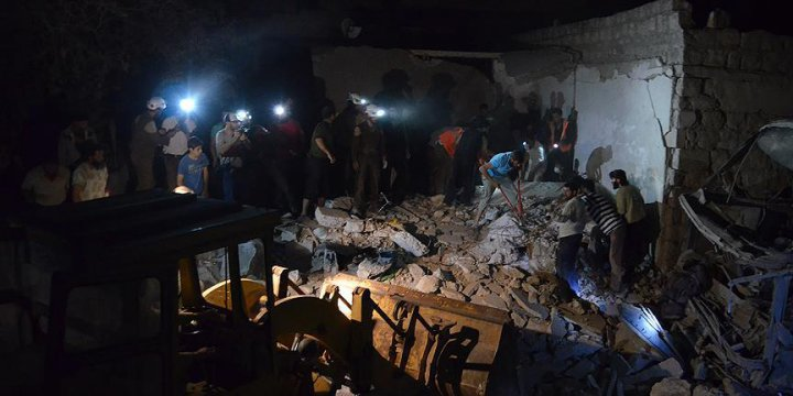 Ruslardan İdlib'e Hava Saldırısı: 15 Ölü, 30 Yaralı