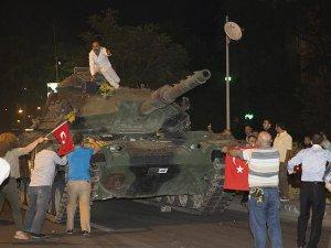 """""""Türkiye'de Darbe Başarılı Olsaydı İç Savaş Çıkacaktı"""""""