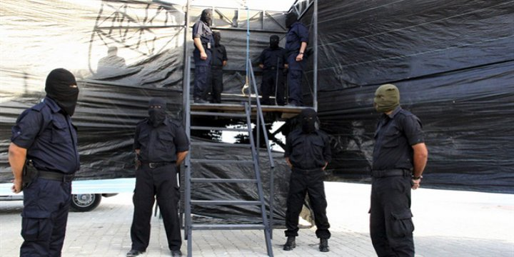 İran'da Şehram Ahmedi ve 21 Sünni Tutsak İdam Edildi