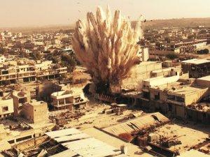 ABD Suriye'de Muhalifleri Vuruyor