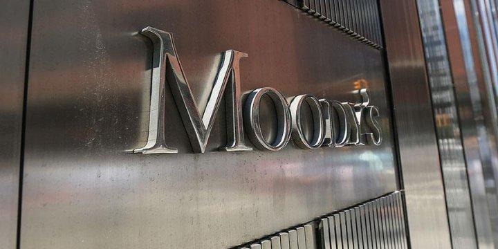 Moody's ekonomilerin 2022'ye kadar eski haline dönmeyeceğini söyledi
