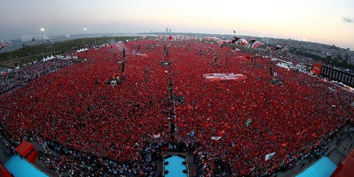 """""""Yenikapı'da HDP Yoktu Ama Kürtler Vardı"""""""
