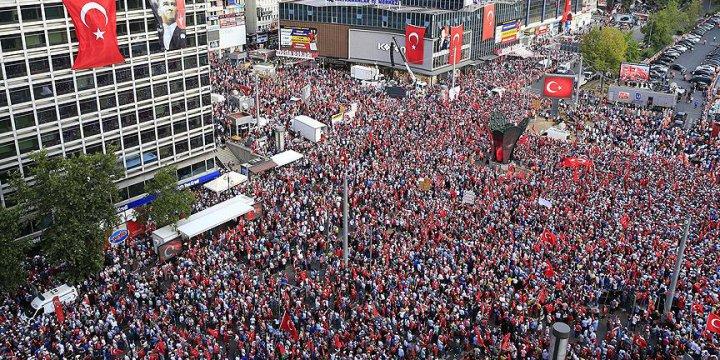 Kızılay Meydanı ve Genelkurmay Kavşağı'nın İsmi Değişti