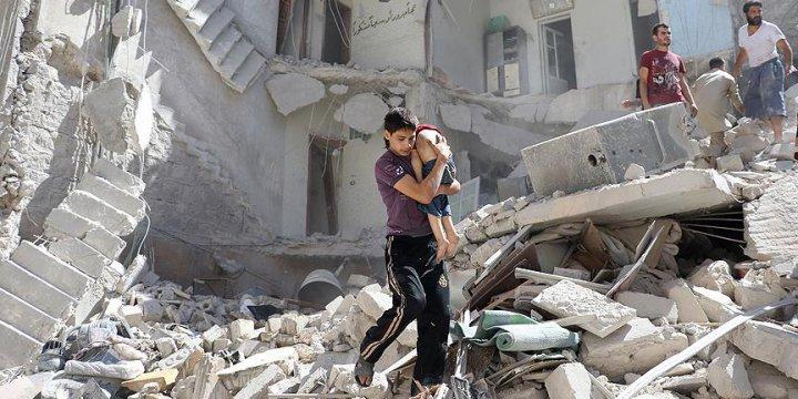 Esed Güçlerinden Halep'te Sivillere Klor Gazlı Saldırı