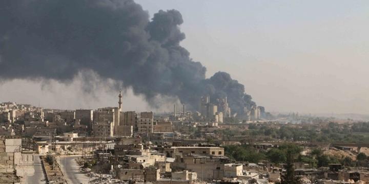 """Halep'te """"Ateşkes""""e Rağmen Bombardıman!"""