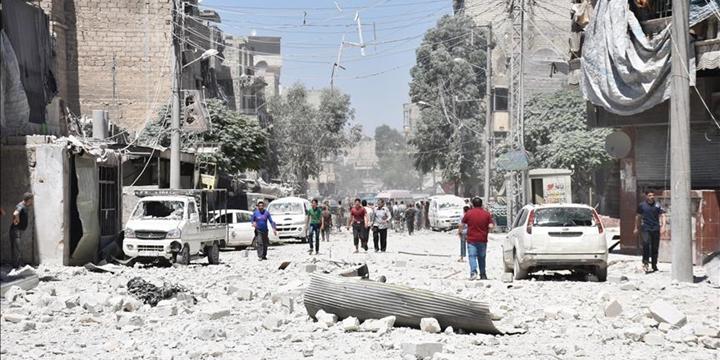 Esed Yine İdlib'e Saldırdı: 11 Kişi Yaşamını Yitirdi!