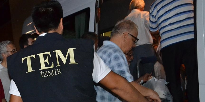 İzmir'in Ödemiş İlçesinde 19 Kişi Tutuklandı