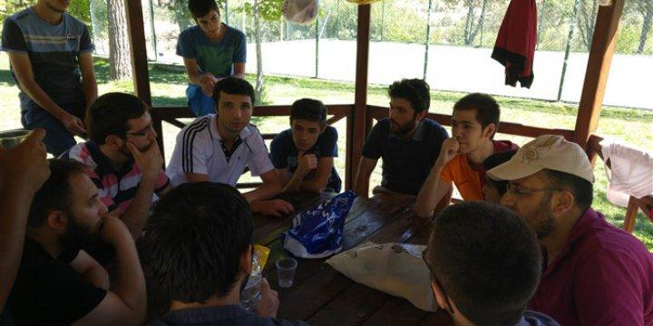 Sivas Özgür-Der Gençleri Piknikte Buluştu