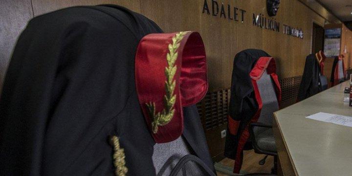Ankara'da 8 Askeri Hakim Tutuklandı