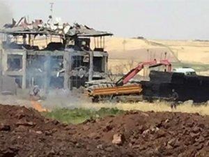 Diyarbakır'da Bölge Trafik Müdürlüğü'ne Bombalı Saldırı