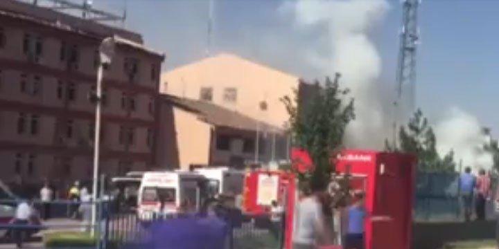 Elazığ Emniyet Müdürlüğü'ne Saldırı: 2 Ölü, 100'den Fazla Yaralı