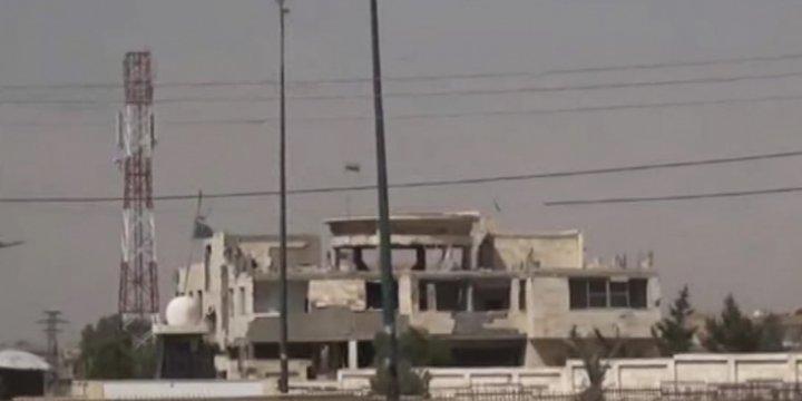 Esed Rejimi YPG'yi İlk Kez Havadan Bombaladı