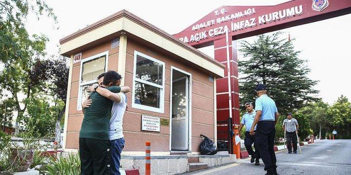 Cezaevlerinden 4 Bin 696 Hükümlü Tahliye Edildi