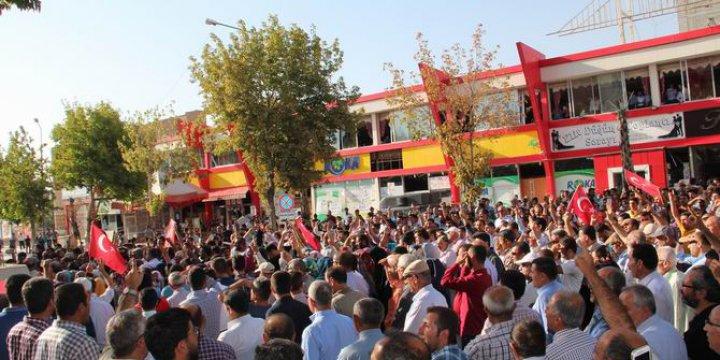 Vanlılar Halkın Katili PKK'yı Protesto Etti