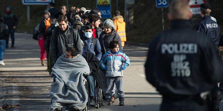 Avusturya'da Sığınmacılara '1 Avroya Zorunlu Kamu Hizmeti' Önerisi