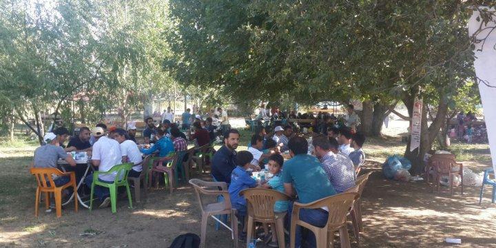 Tatvan Özgür-Der Üyeleri Piknikte Buluştu