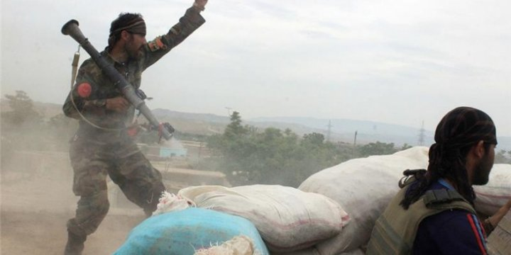 Taliban Güçleri Afganistan'da İlerliyor