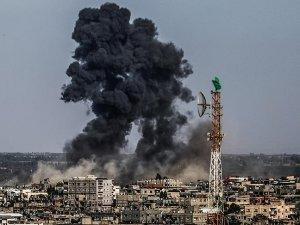 Siyonist İsrail, Gazze'yi Yeniden Vurdu