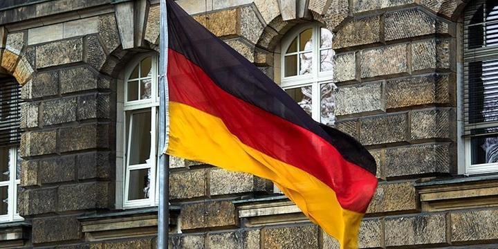 Almanya'da Cami Kermesinde İki Kadın Kurşunla Yaralandı