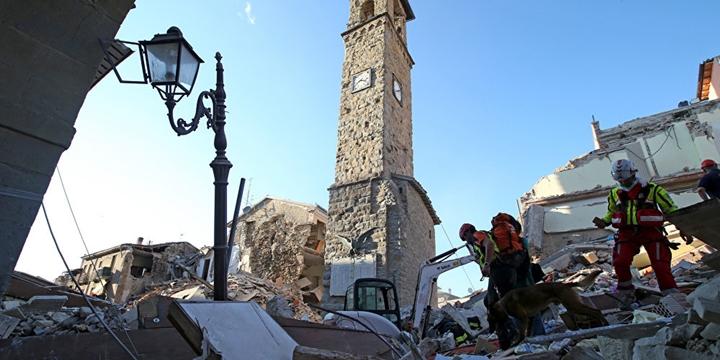 İtalya'da Deprem: Hayatını Kaybedenlerin Sayısı 250'ye Ulaştı