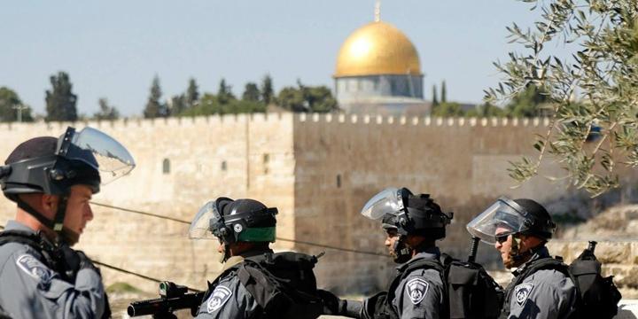 İşgalci İsrail'den Mescid-i Aksa Kısıtlaması!