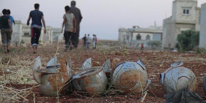 Rusya, İdlib'e Saldırdı: 3 Sivil Hayatını Kaybetti!