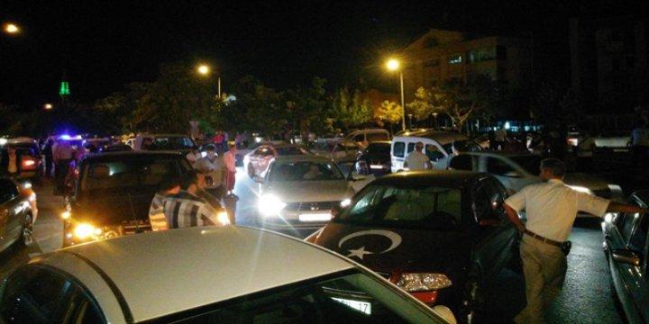 Konya'daki Elektrik Kesintisi Halkı Askeriyenin Önüne Döktü
