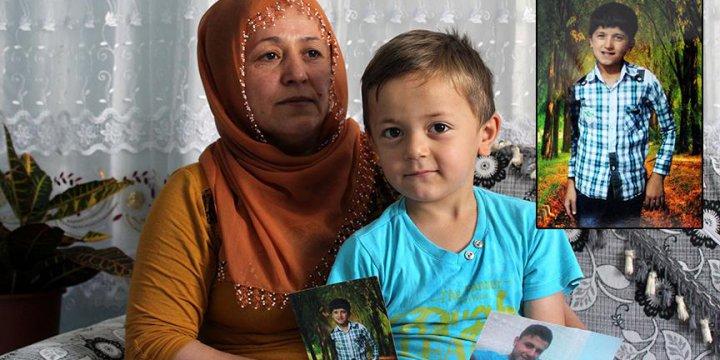 Evinden Her Çıktığında PKK'nın Katlettiği Oğlunu Hatırlıyor