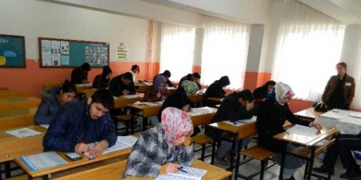 Açık Liseden Mezun Olamayana Sınav Hakkı