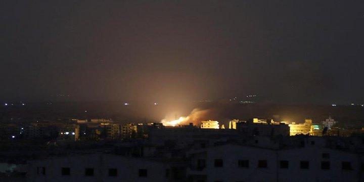 Rus Uçaklarından İdlib'e Fosfor Bombalı Saldırı