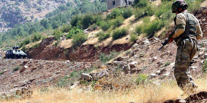 Çukurca'da Askerî Birliğe PKK Saldırısı!