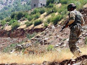 Çukurca'da PKK Operasyonu: 2 Asker Hayatını Kaybetti
